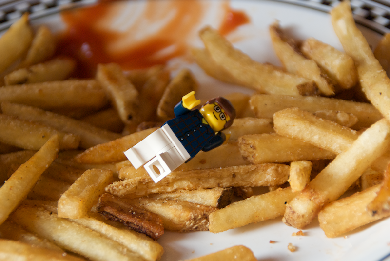 lego_justin-fry_swimming